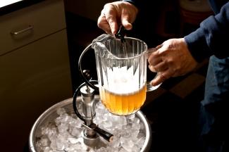 Resultado de imagen para keg of beer party